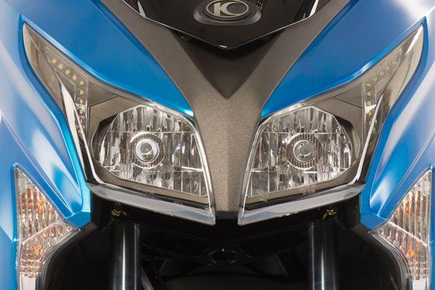 Skútr 125ccm - Kymco X-TOWN 125i ABS | dvojitý světlomet